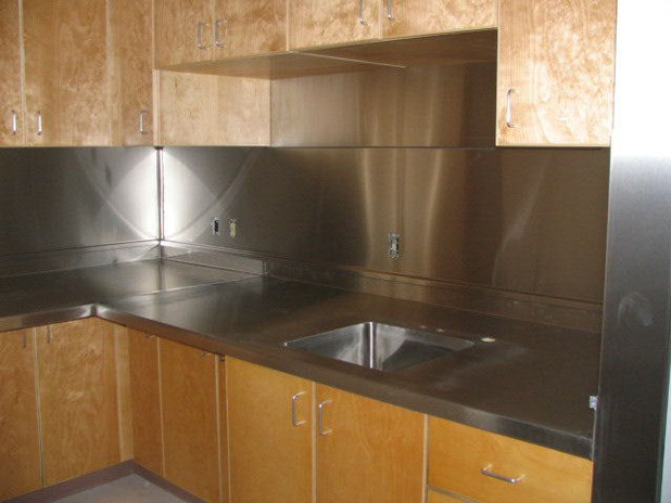 Stainless Steel Countertop With Backsplash