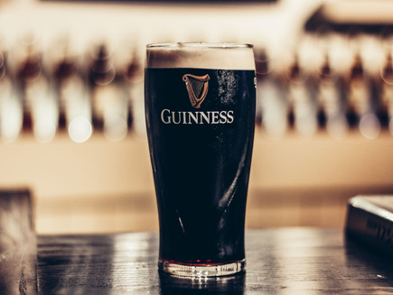 9 Fun Facts About Guinness - Why Guinness Beer Is Dark ? - Library of Explore