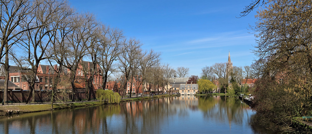 Minnewaterpark best places in bruges belgium