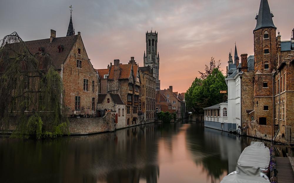 canals best places in bruges belgium