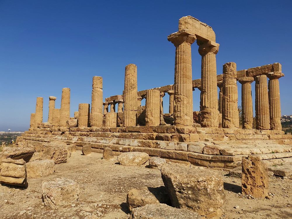 Valley of the Temples, one of the most magnificent landscapes in Europe, is one of the places to visit in Sicily, Italy