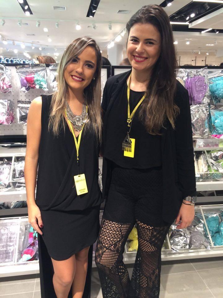 Suzana Carvalho (supervisora) com a gerente Natália