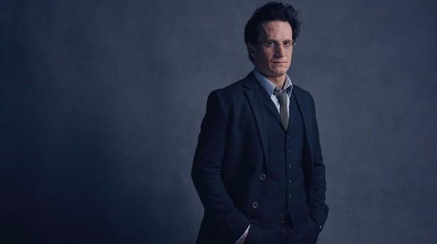 Jamie Parker, como Harry Potter