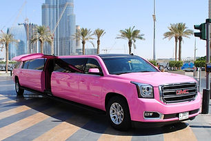 pink-limo-gmc-dubai-01.jpg