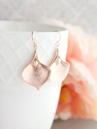 Calla Lily Earrings - Rose Gold