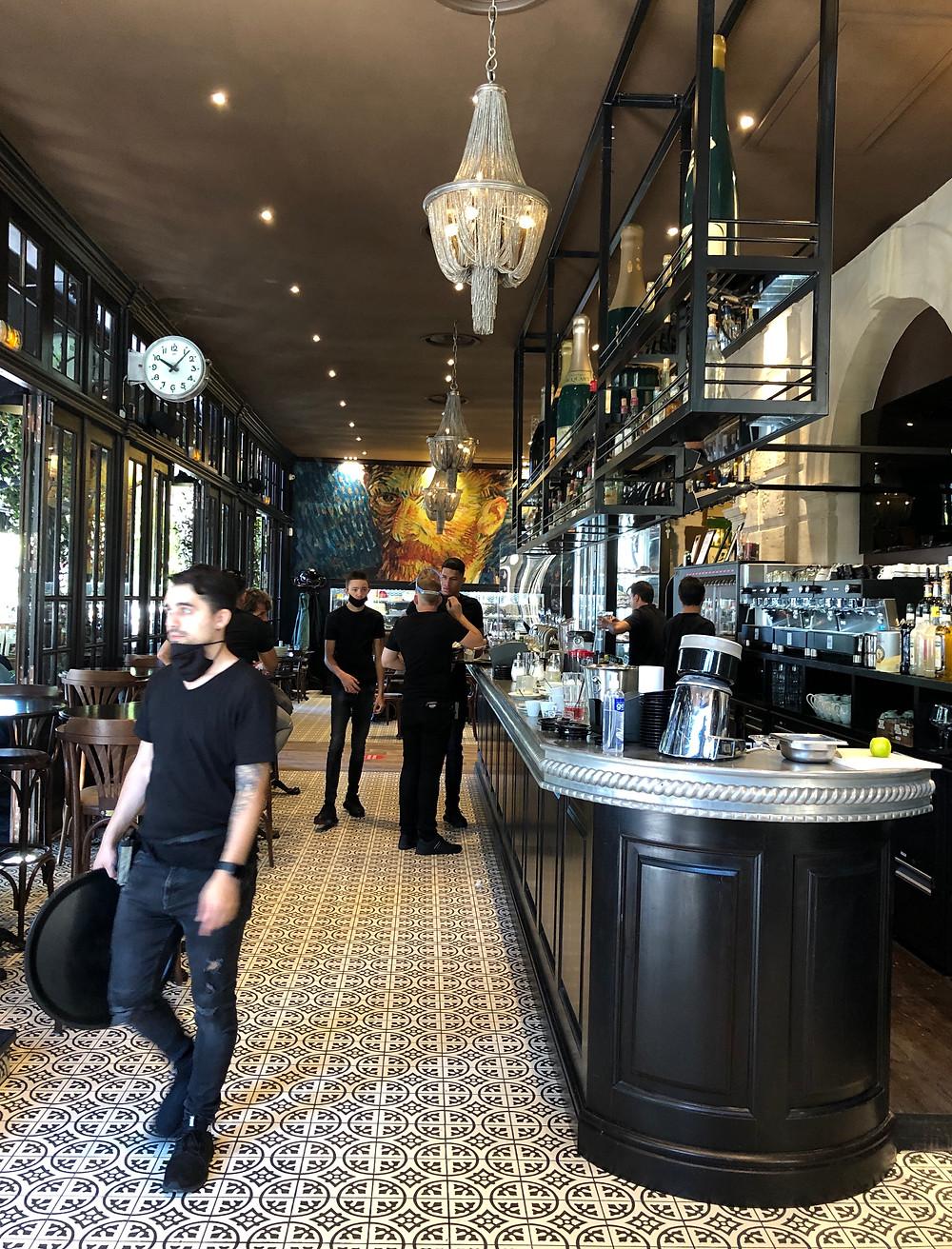 La Brasserie emblématique d'Arles - Le Grand Café Malarte