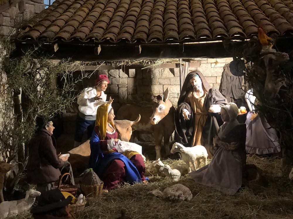 Crèche de Noël  à St Trophime - ARLES