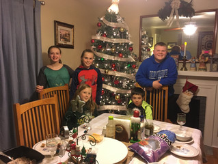 First Presbyterian Newton Middle and High School Youth Celebrate the Past Year with Progressive Dinn