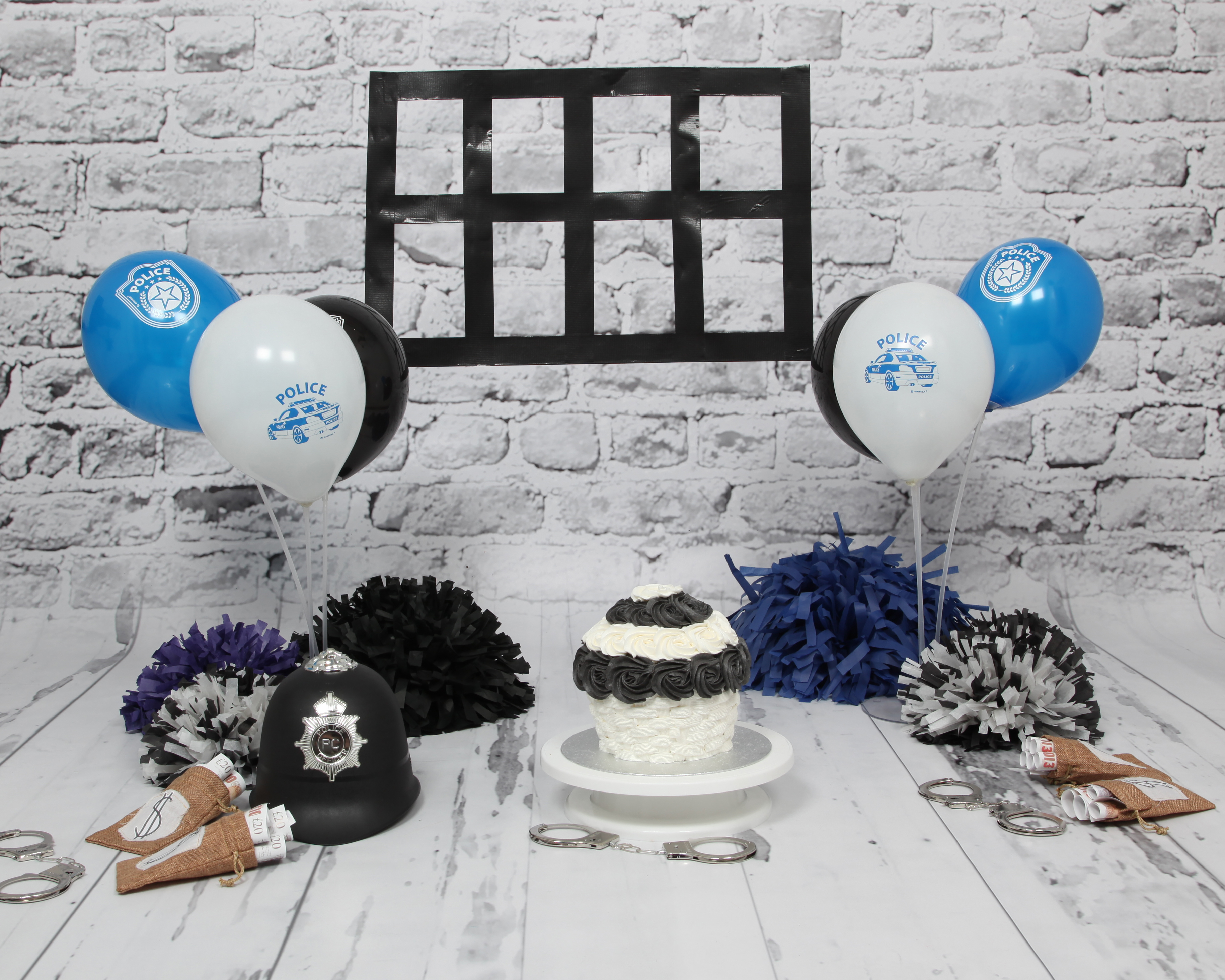 Cops and Robbers Cake Smash