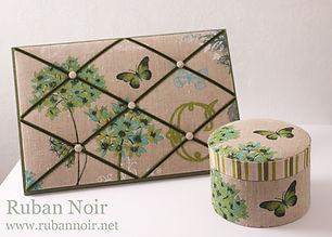 green-butterfly1-min.jpg