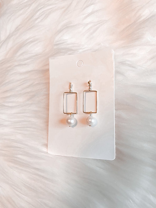 Pearl Squared Earrings