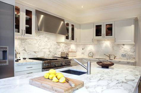 Кухонная столешница. Камень - мрамор