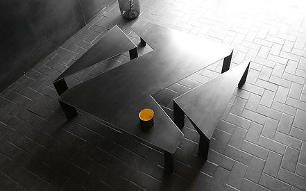 BLUNT-STONE-TABLE-BASSE-general-de-front