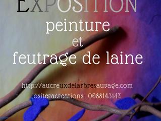 Exposition laine et peinture à la maison café en Décembre