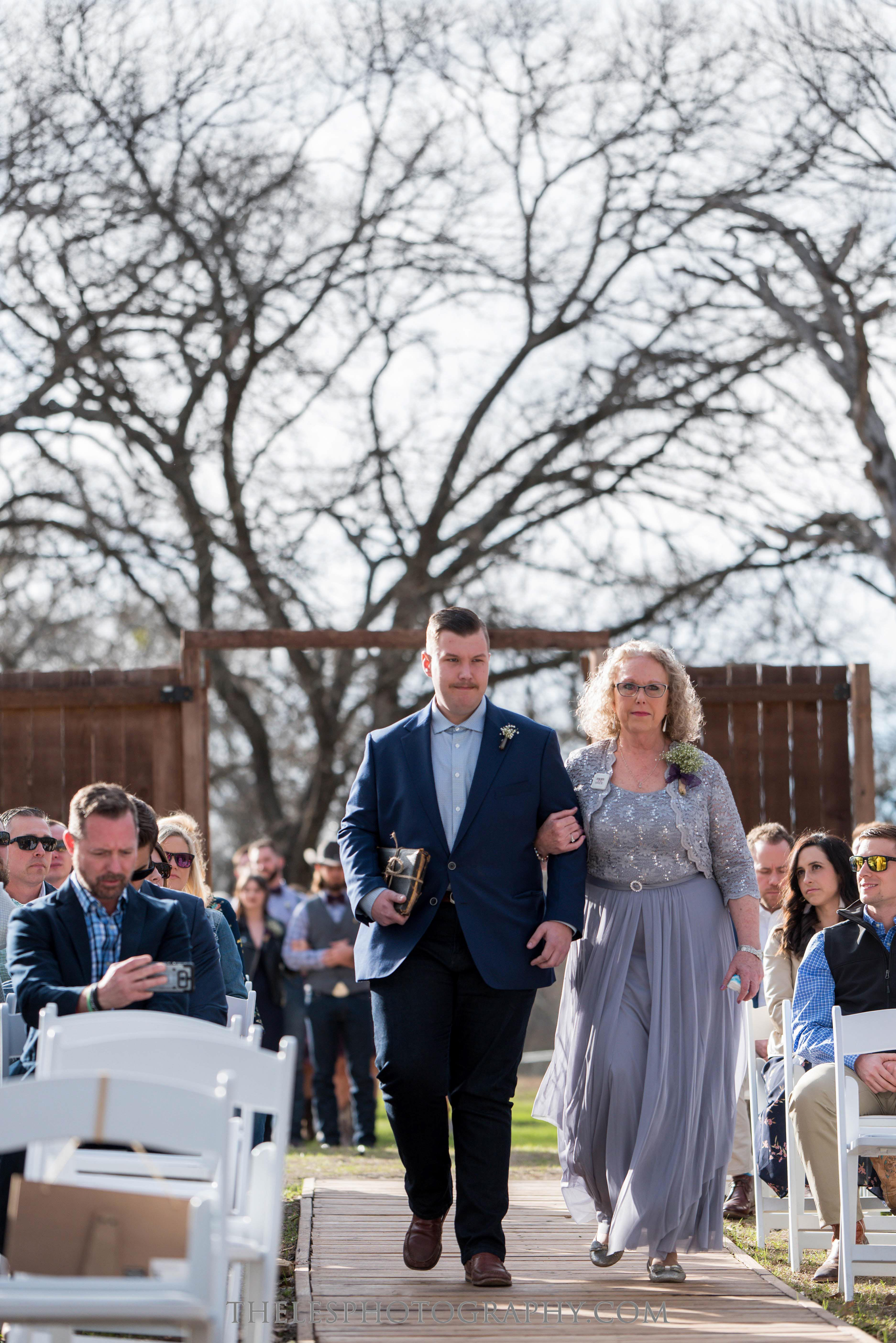 056 Dallas Wedding Photography - Photographer - The Les Photography - Fort Country Memories Wedding