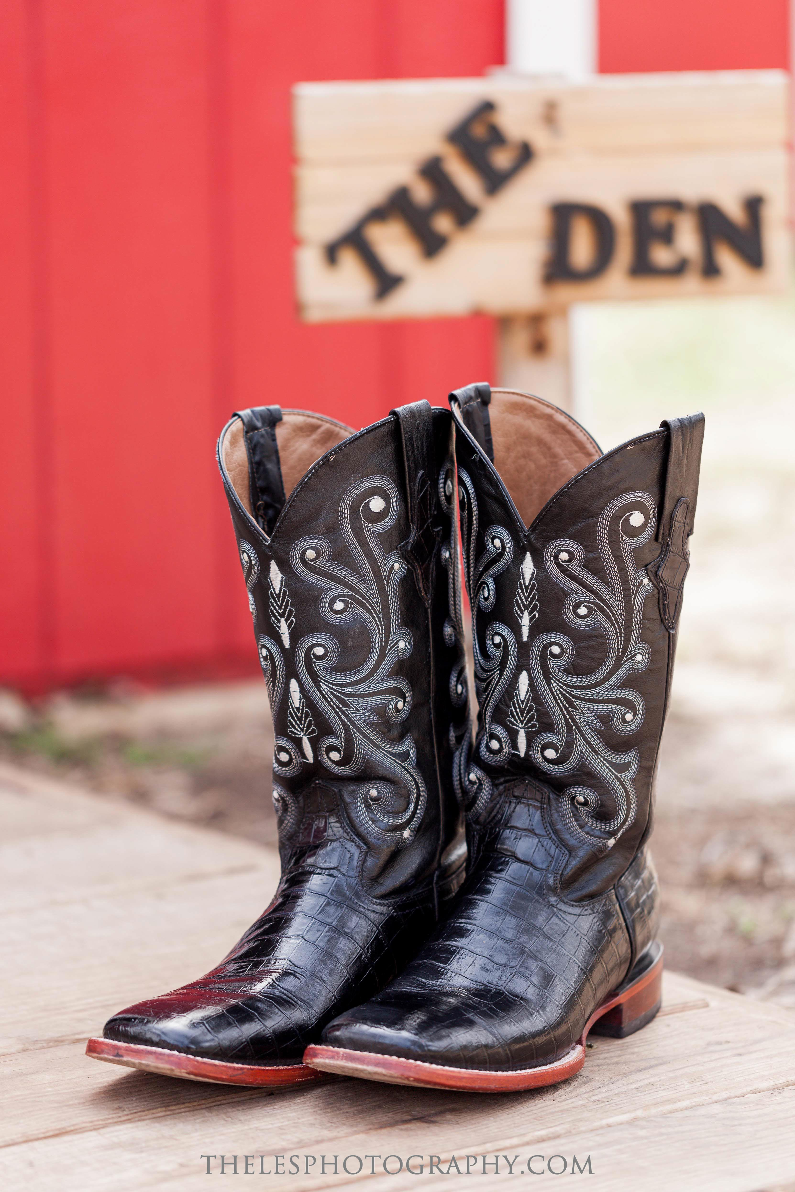 026 Dallas Wedding Photography - Photographer - The Les Photography - Fort Country Memories Wedding