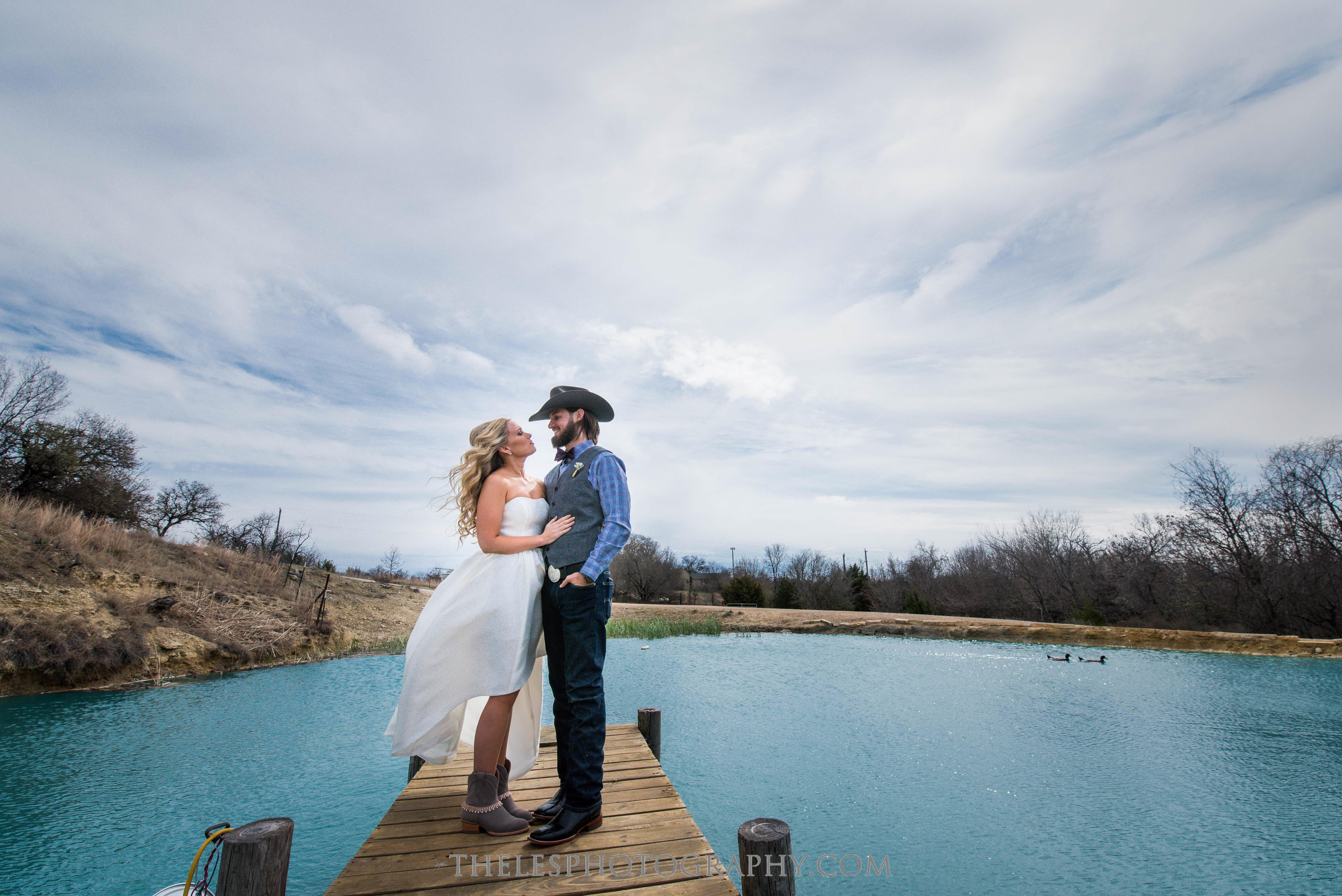 039 Dallas Wedding Photography - Photographer - The Les Photography - Fort Country Memories Wedding