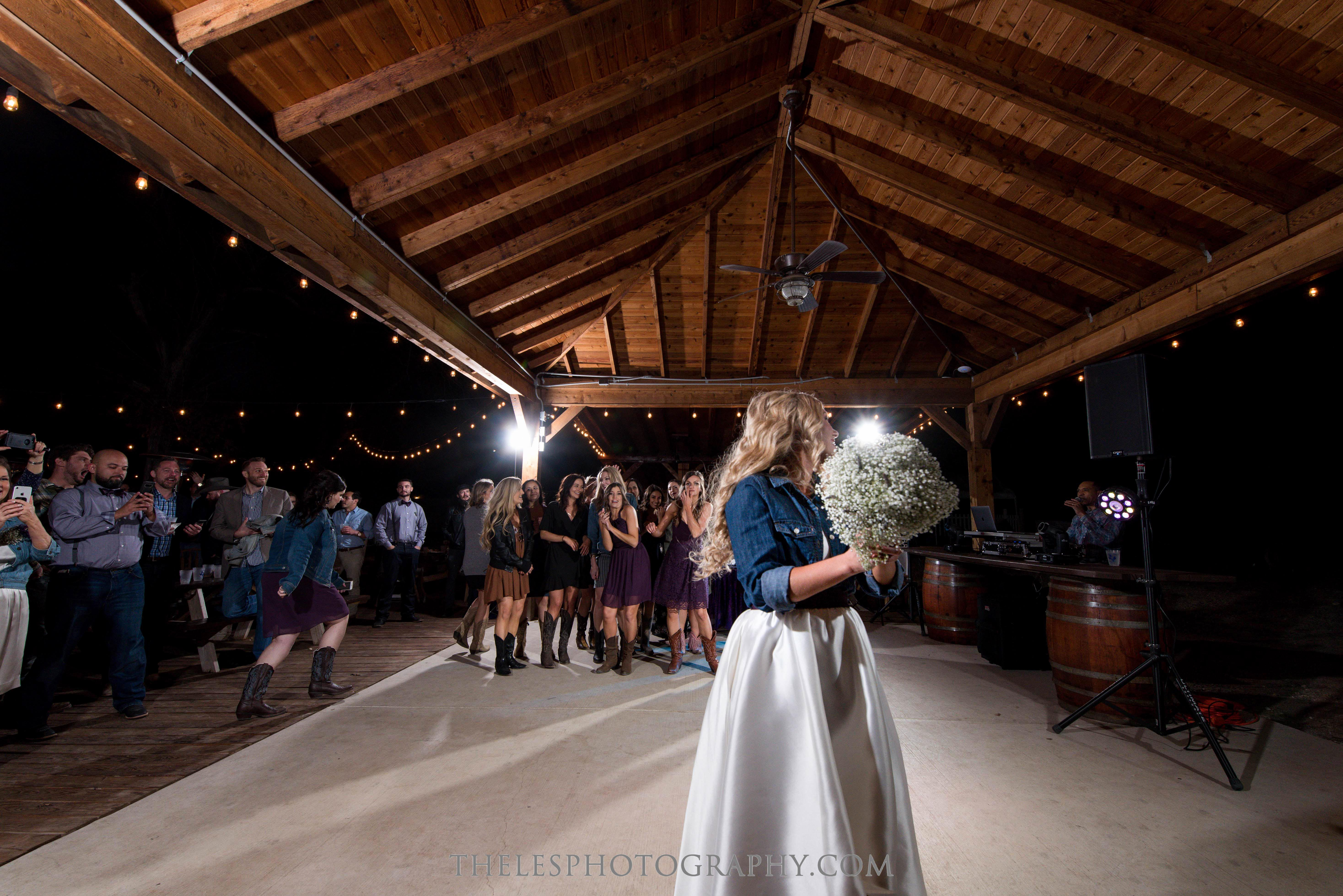 122 Dallas Wedding Photography - Photographer - The Les Photography - Fort Country Memories Wedding