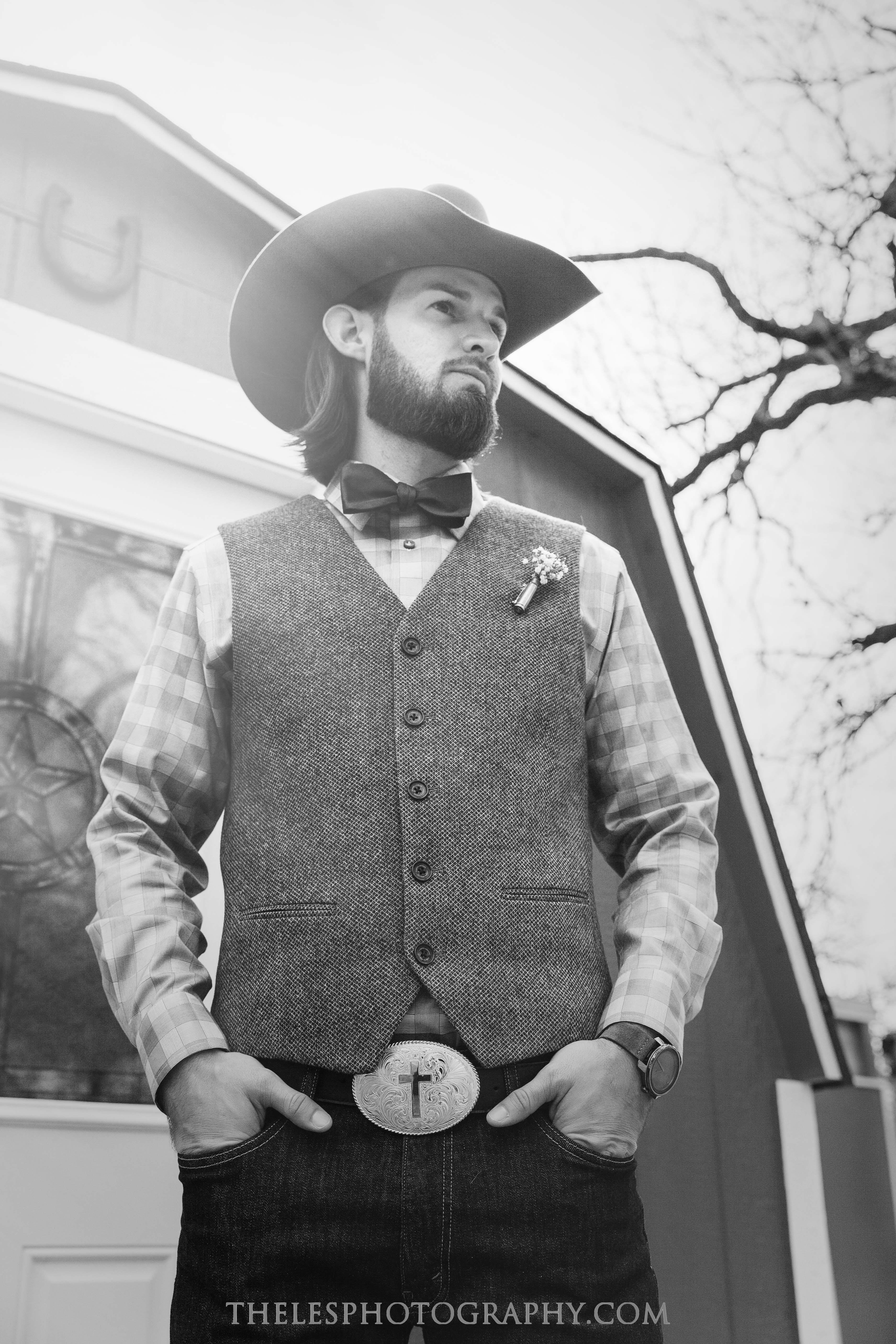 035 Dallas Wedding Photography - Photographer - The Les Photography - Fort Country Memories Wedding