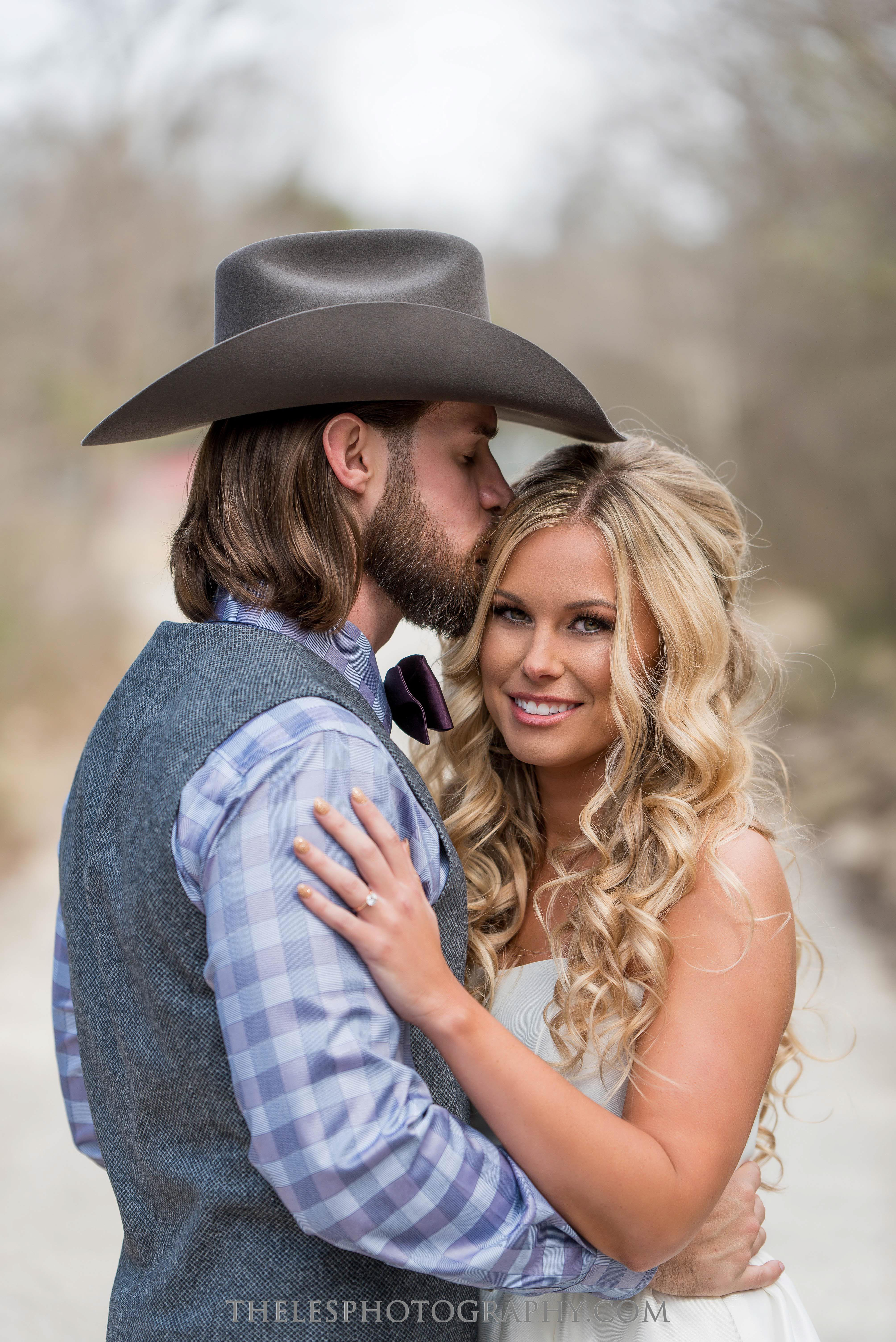 046 Dallas Wedding Photography - Photographer - The Les Photography - Fort Country Memories Wedding