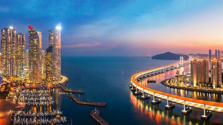 Gwangan-Bridge-South-Korea-sea-pier-skys