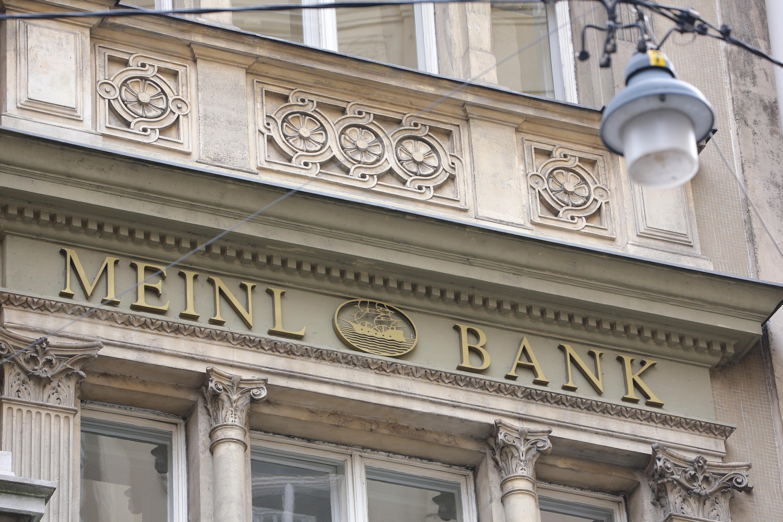 MEINL-BANK-01