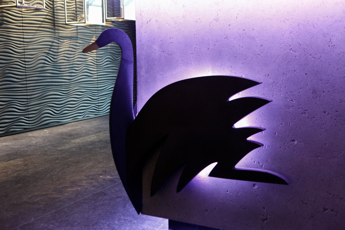 Černá labuť v novém peří, Gravelli
