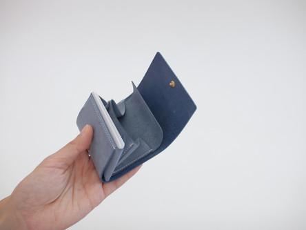 ミニ財布genau 仕様変更について