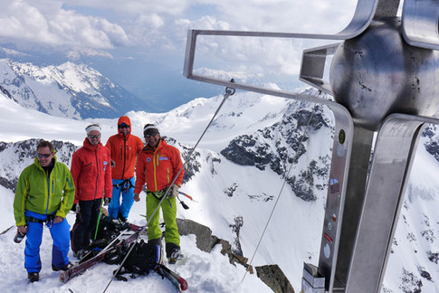 Skitour with Peak