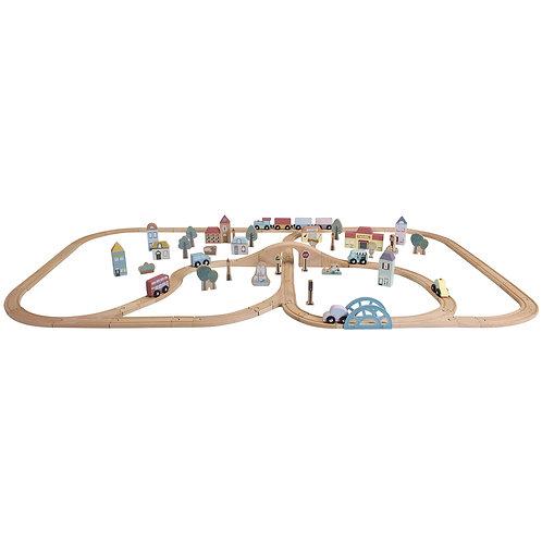 Grand circuit de train avec sa ville