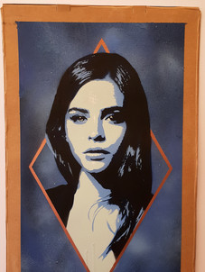 Lucy Diamond (Blue)