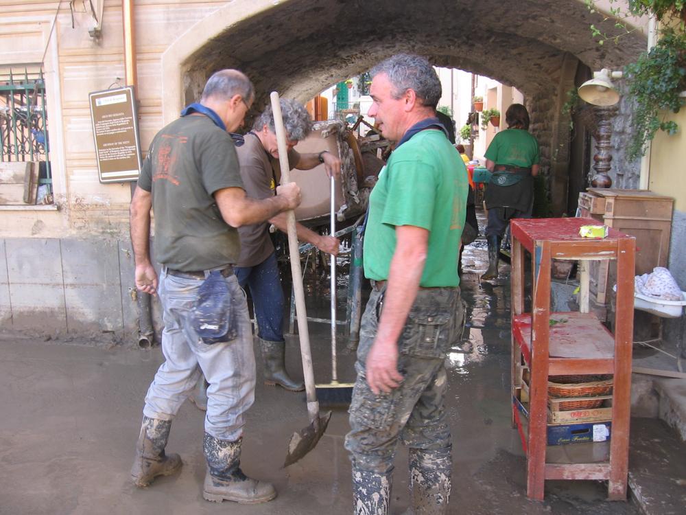 to senior per alluvione in Liguria_3