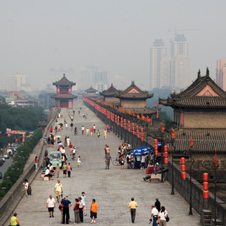 Walking on the city wall in Xi'an