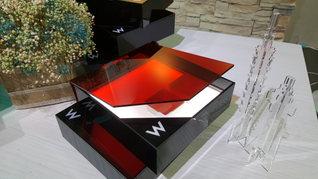 W TAIPEI_飯店_客製化設計_餐盒_壓克力方盒_LED發光.jpg