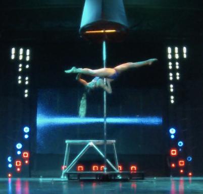 pole dance show by Rika