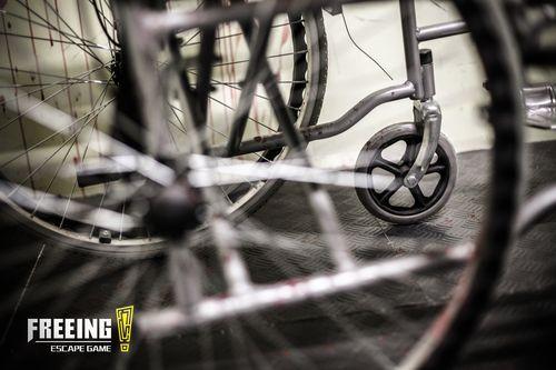 02 - Hopital - fauteuil roulant.jpg