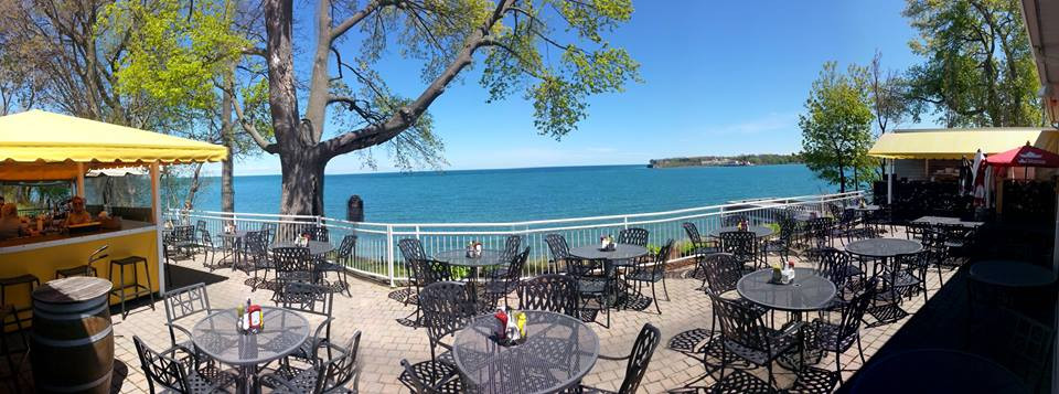 VIew of Lake Ontario & Fort Niagara from golf club restaurant