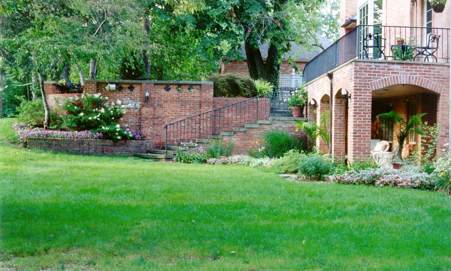 Honeywell House Lawn