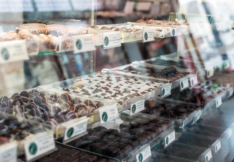 Charley Creek Inn Ice Cream & Candy Shoppe