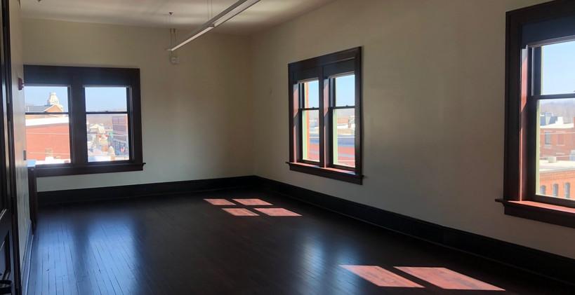 4th-floor-parkview-wooden-2jpg