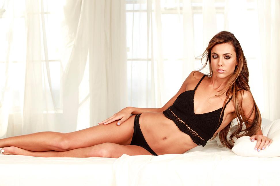 sexy-boudoir-classy-black-panties