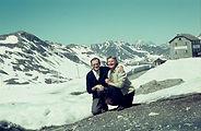 Alpenliebe Verschneites Tal