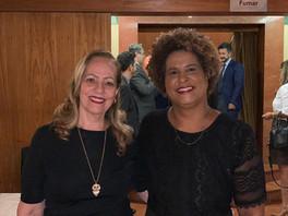 Wânia Ferrari (DWE) prestigiando a mediadora Ana Evangelista que tomou posse na Diretoria da Associação Brasileira de Mulheres de Carreira Jurídica - ABMCJ, como Conselheira Deliberativa. Solenidade no TJMG/Corregedoria - 19/02/2020.
