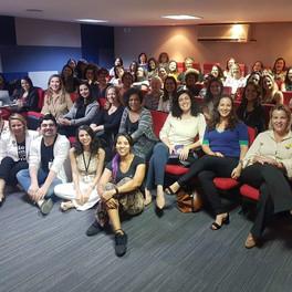 Networking para mulheres: o poder da rede feminina.