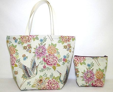 Einkaufstasche aus Stoff mit Beautytasche