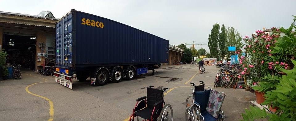 unser Container, jetzt kann es losgehen