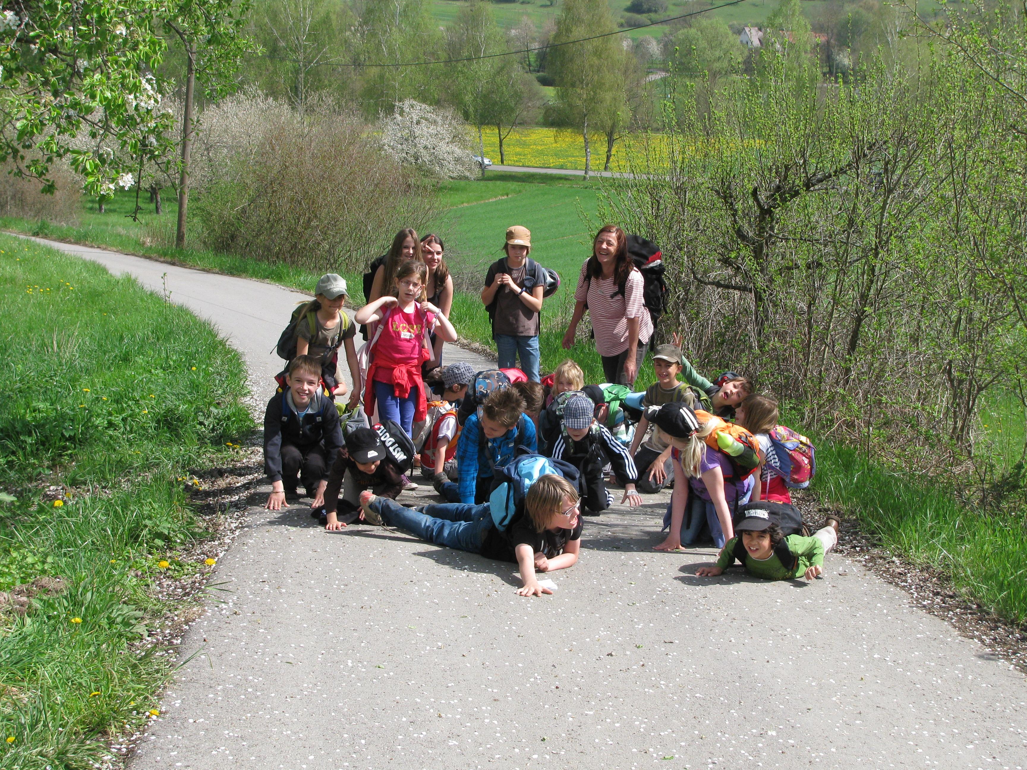unterwegs in heimischer Natur mit der Kindergruppe