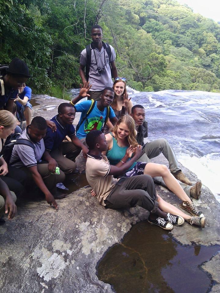 am Sanje Wasserfall NP