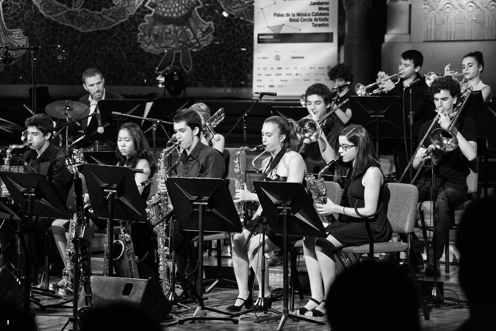 Miles Tribut Big Band