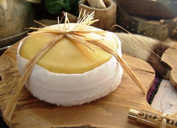 Serra da Estrela Sheep Cheese (small)